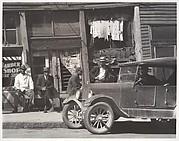 [Street Scene, Vicksburg, Mississippi]