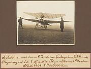Todakker, med denne Maskine forekoges Seu 28 Tuni, Flyvring ved SX 1'officielle Flyve-Stame i Verdeu Kiel 1908. 1'Pris: 5000 Rm.
