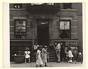 [Shopfronts and Pedestrians, New York]