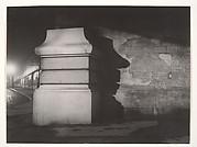 Le pilier du Métro Corvisart