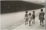 [Children with Soap Bubbles, New York City]