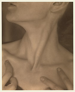 Georgia O&#39;Keeffe  Neck