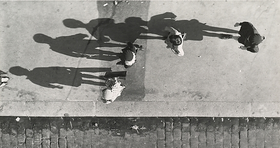 Shadows, Paris