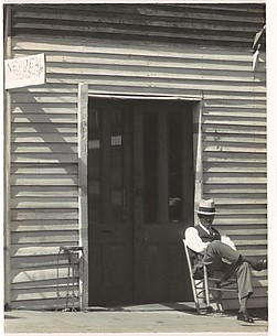 [Barber Shop, Vicksburg, Mississippi]