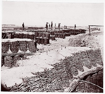Fort Sedgwick in front of Petersburg
