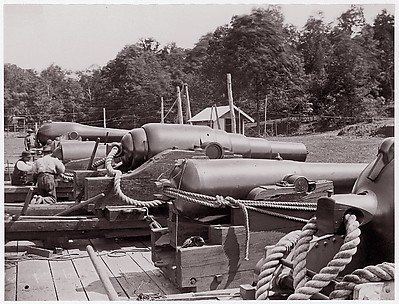 Land Battery of Naval Guns