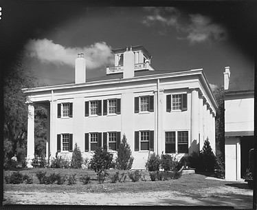[D'Evereux House, Natchez, Mississippi]