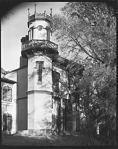 [Corner Turret of Afton Villa Plantation, Bains, Louisiana]