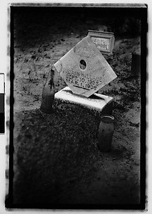 [Grave with Headstone, Alabama]