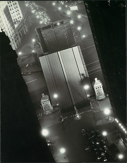 Chicago, Impression at Night