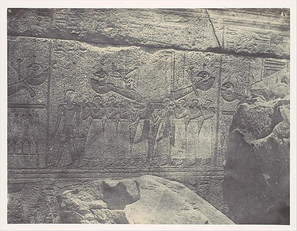 Thebes. Palais de Karnak. Sculptures extérieures du Sanctuaire de granit