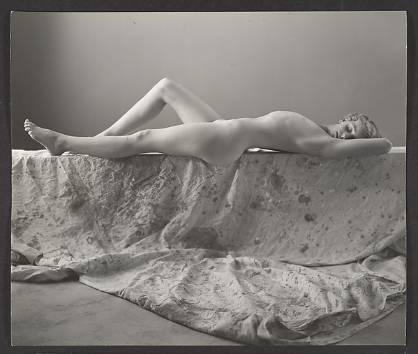 [Nude Young Girl Reclining on Drop Cloth, Possibly Elizabeth Lynes]