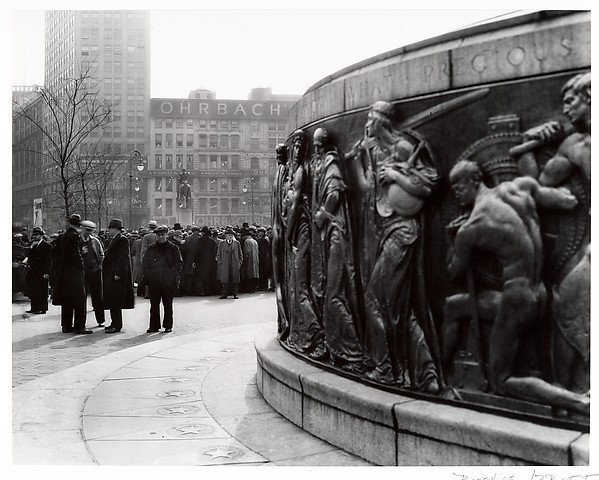 [Monuments, Union Square]
