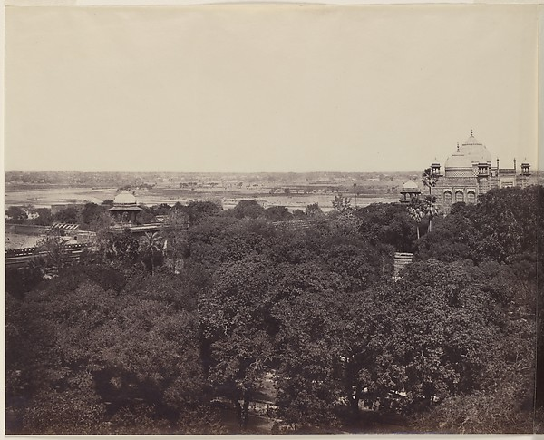 [The Taj Mahal from the Gateway]