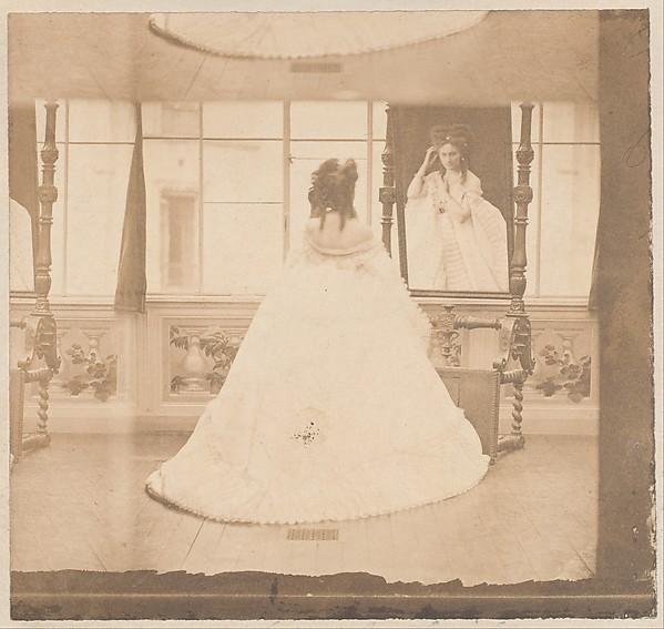 [Countess de Castiglione as Elvira at the Cheval Glass]
