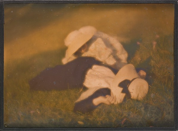 [Miss Mary and Edeltrude Lying on Grass]