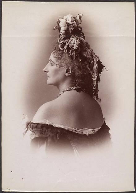 [Countess de Castiglione, from Série des Roses]