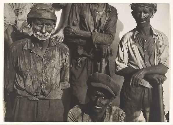 Coal Dock Workers, Havana