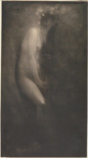 Figure with Iris
