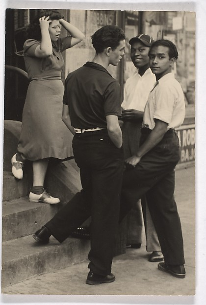 [Group of Teenagers on a Stoop, New York]