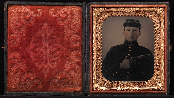 [Union Soldier with Colt Revolver, in Studio]