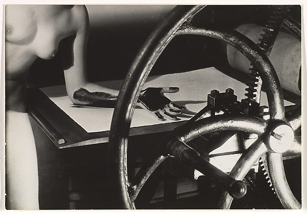 Meret Oppenheim at the Printing Wheel