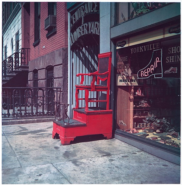 [Sidewalk Shoeshine Chair, 347 East 86th Street, New York City]