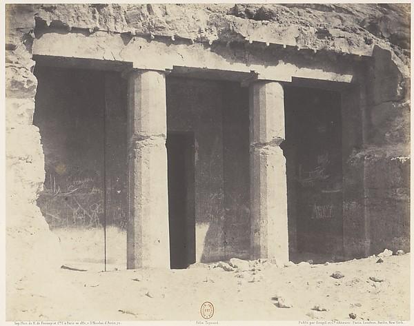 Béni-Haçan, Architecture Hypogéene - Tombeau de Névothph