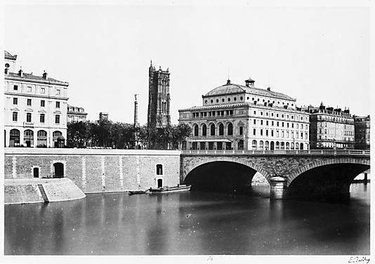[View of the Pont au Change and the buildings on Place du Chàtelet, with the Tour Saint-Jacques in the background]