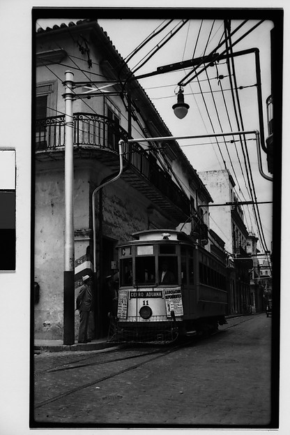 [Streetcar, El Cerro District, Havana]