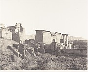 Médînet-Abou (Thèbes), Construction Antérieures - Vue Générale