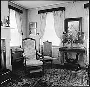 [6 Interior Views of Parlor]