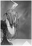 [Motion Study of Smoke Vortices Caused by Electric Fan]
