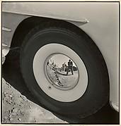 Reflection in Chrysler Hub Cap