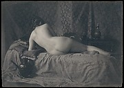 [Female Nude from the Back]