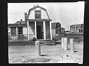 [Beachfront Clapboard House, Possibly Canarsie, Brooklyn, New York]
