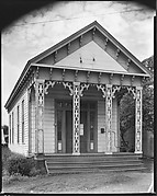 [Frame Building with Jigsaw Ornament, Marion, Alabama]