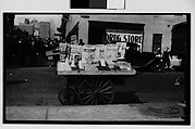 [Nut and Candy Vendor Cart, New York City]