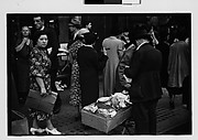 [Sidewalk Vendor and Shoppers Outside Klein's Department Store, Union Square, New York City]