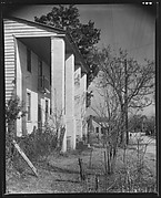 [Side View of House with Squared Columns]