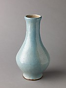 Pyriform vase, possibly an imitation of Song Guan ware