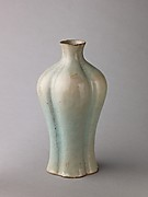Quatrefoil vase, Jun ware
