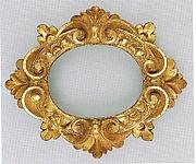 Sansovino-style oval frame