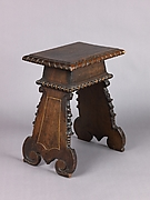 Stool (pair with 1975.1.2003)