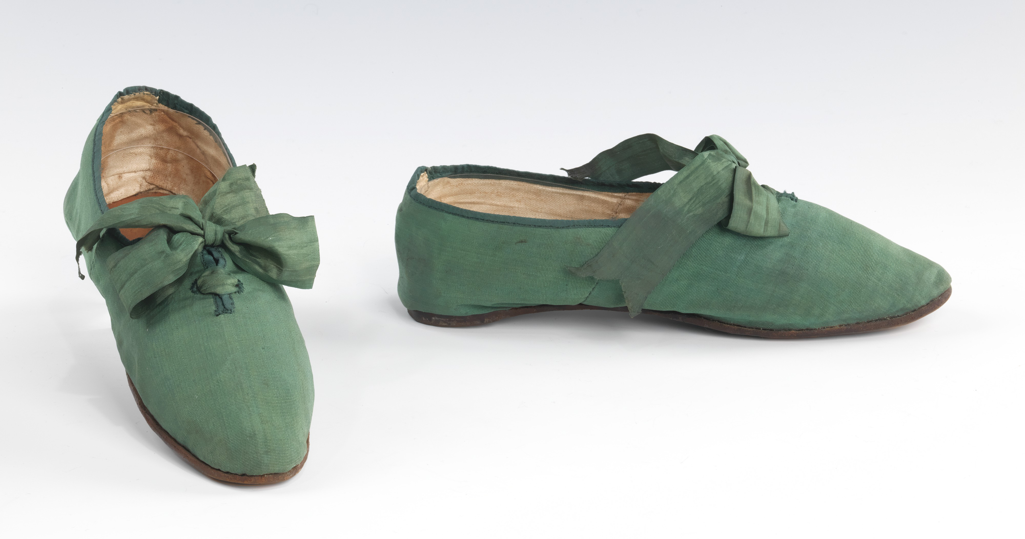 Shoes Before 1800 A B Cp