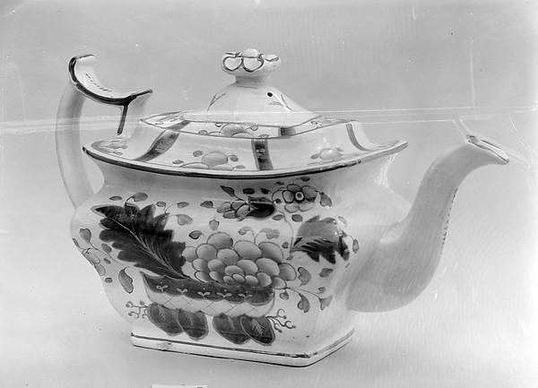 Teapot, Earthenware, gaudy dutch, British
