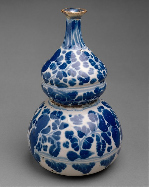 Bottle, Tin-glazed earthenware, Mexican