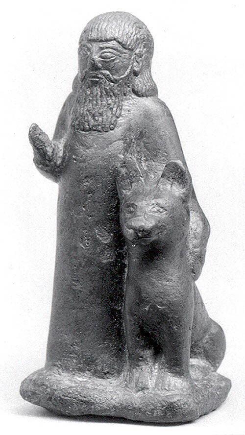 تمثال برونزي يعود للحقبة البابلية