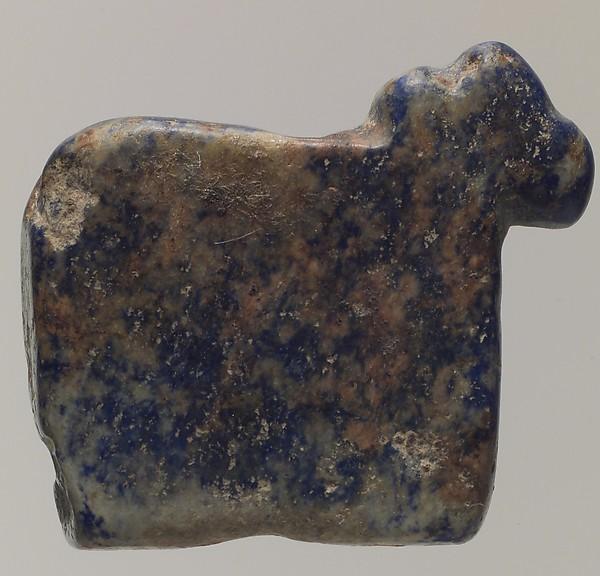 Cow amulet, Lapis lazuli, Sumerian