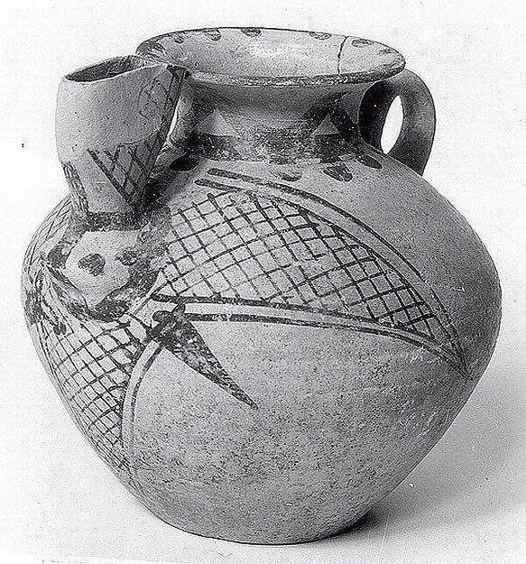 Spouted jar, Ceramic, paint